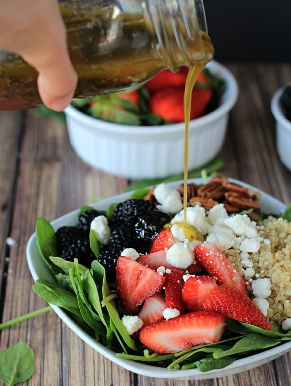 leichtes essen im sommer obst salat
