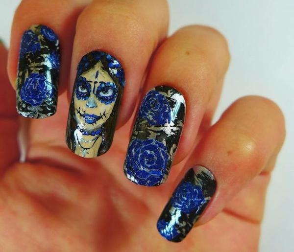 nagel design selber machen gruselig blaue rosen