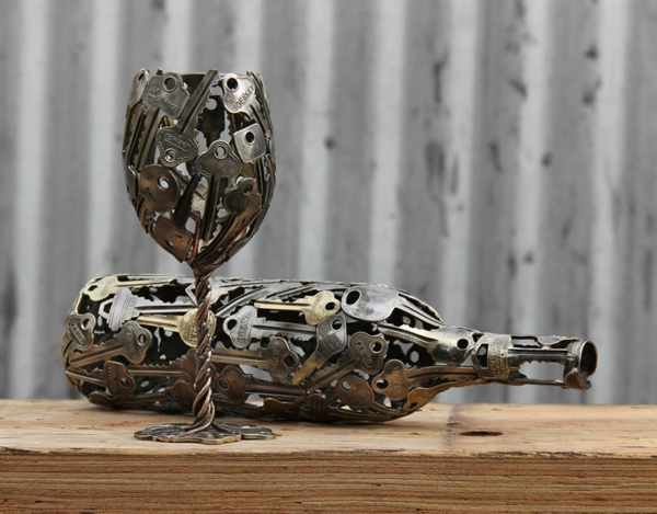 recycling basteln nachhaltige kunst aus alten m nzen und schl sseln. Black Bedroom Furniture Sets. Home Design Ideas