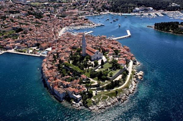 reise nach kroatien rovinj von oben