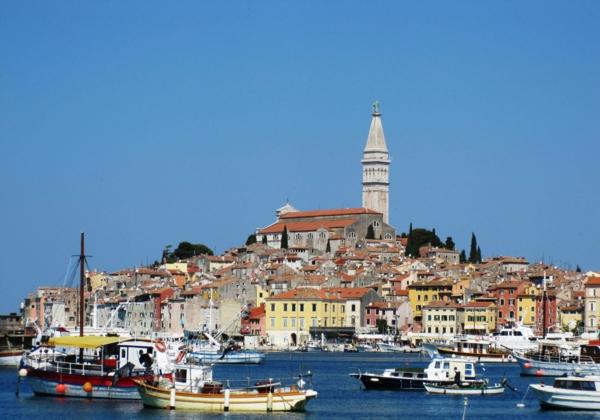reise nach kroatien rovinj istrien hafen
