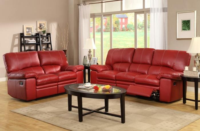 Rotes Sofa ins Innendesign einbeziehen – Inspirierende rote Sofas