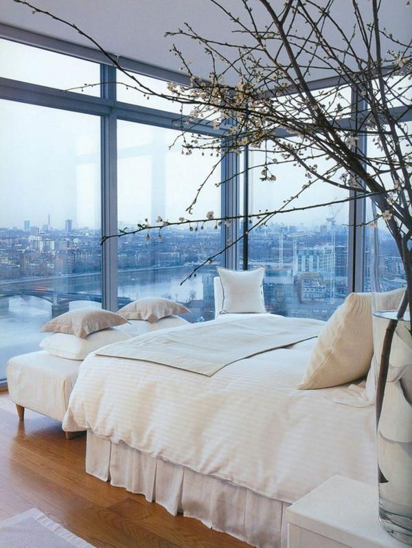 schlafzimmergestaltung ideen panoramafenster stadtaussicht