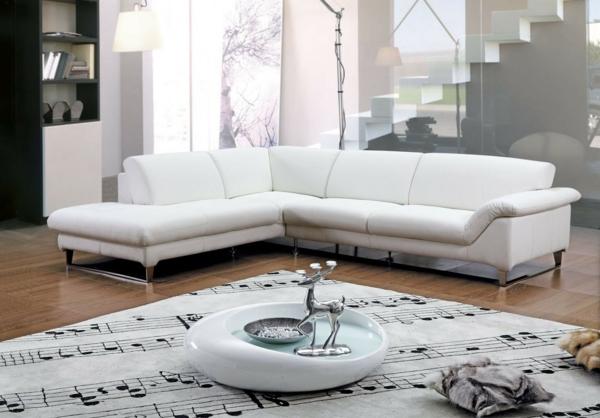 schöne sofas weiße couch leder metallenes gestell