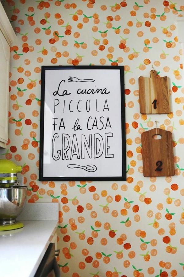 schöne tapetenmuster küche frische ideen früchte