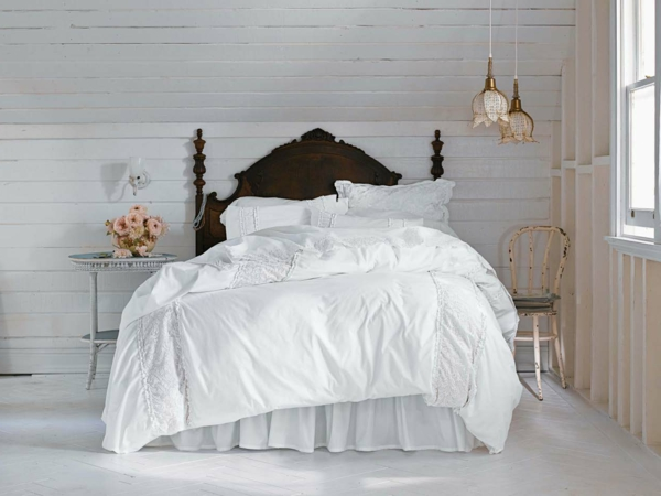 schlafzimmer design vintage stil weiße bettwäsche