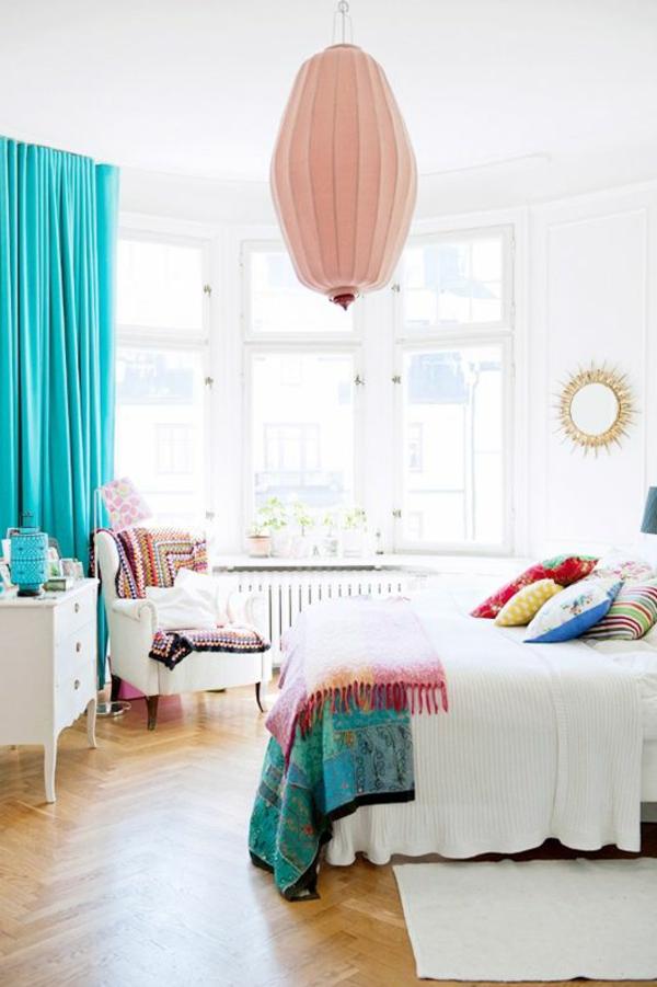 schlafzimmer design weiß farbige elemente