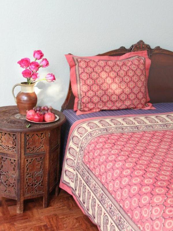 schlafzimmer möbel bett nachttisch orientalischer stil