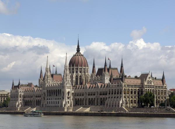 sehenswürdigkeiten budapest besichtigen parlament