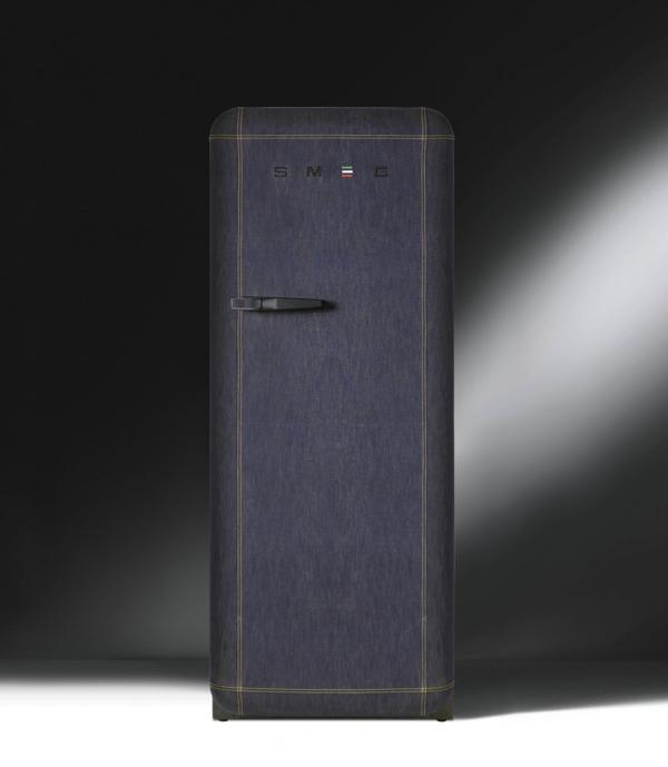 der smeg k hlschrank eine designikone in 50er jahre style. Black Bedroom Furniture Sets. Home Design Ideas