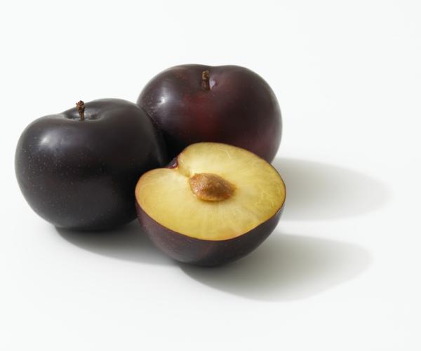 sternzeichen steinbock gesunde ernährung pflaumen