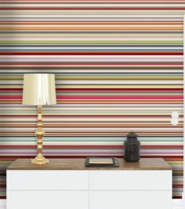 schicke streifentapete f r eine geschmackvolle innenausstattung. Black Bedroom Furniture Sets. Home Design Ideas