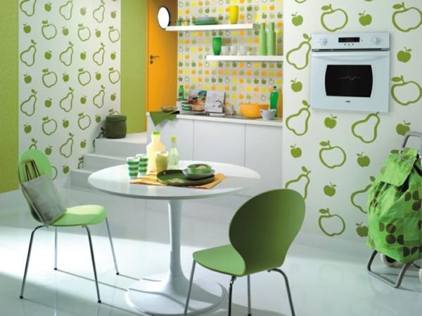 tapetenmuster küche früchte thematik grüne küchenstühle