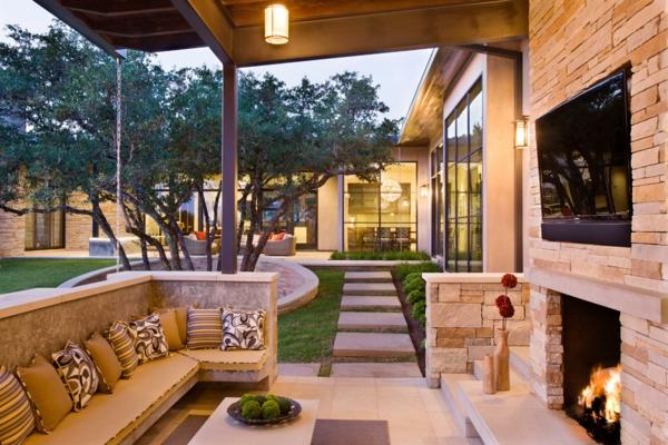 terrassenüberdachung kamin couch