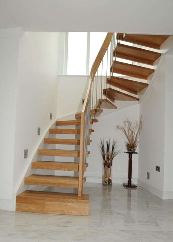 treppenhaus gestalten treppenhaus holz