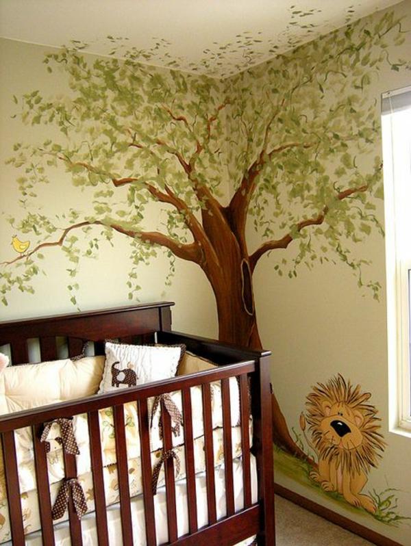 wandgestaltung babyzimmer gitterbett wandmalerei baum löwe