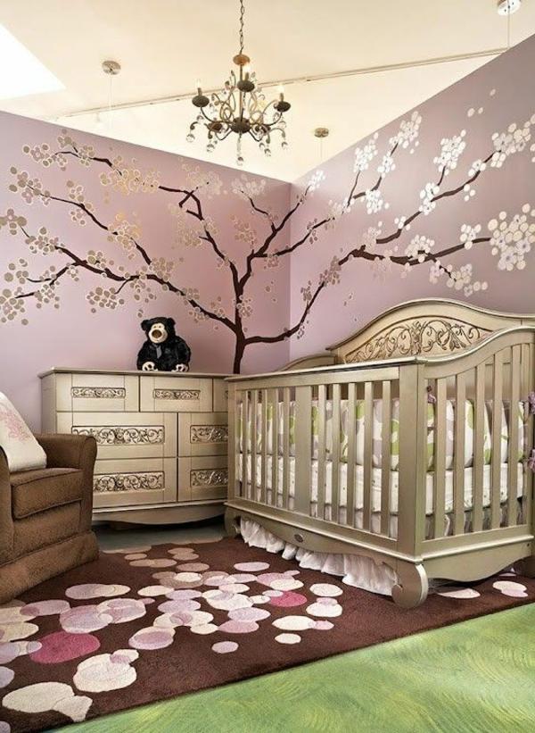 wandgestaltung babyzimmer teppich toller leuchter elegante möbelstücke