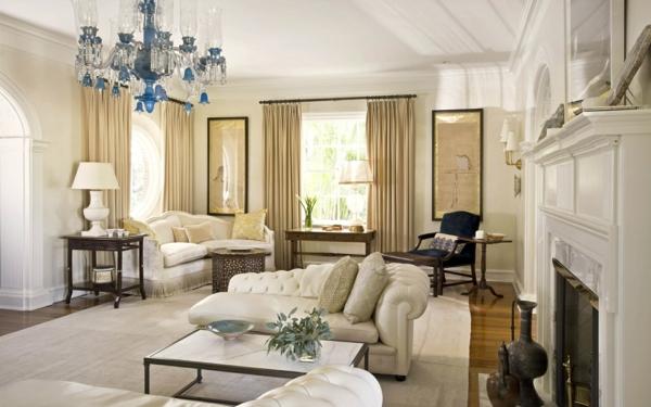 wohnzimmereinrichtung ideen schöner kronleuchter lange gardinen