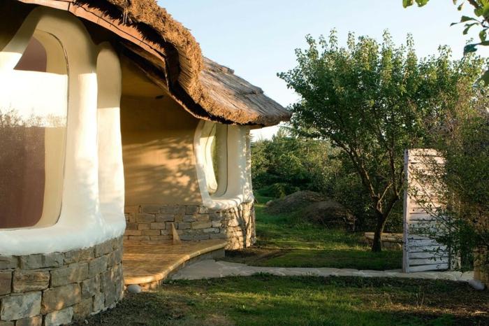 ökologisch bauen lehmhaus bulgarien
