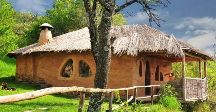 ökologisch bauen lehmhaus erde stroh