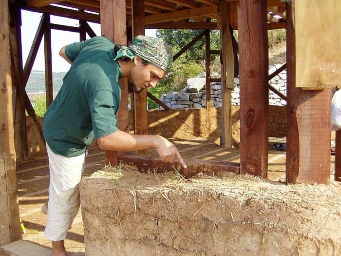 ökologisch bauen lehmhaus holz erde nachhtlig