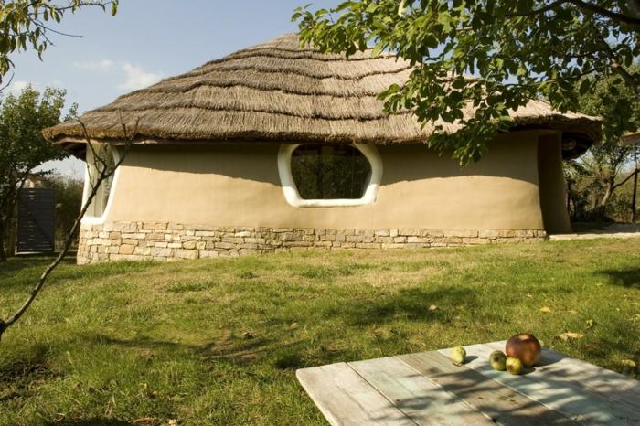 ökologisch bauen lehmhaus rustikal umweltfreundlich