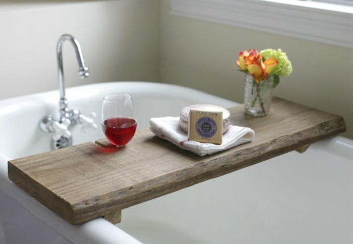 Badewannenablage 13 beispiele f r moderne badeinrichtung for Ablage badewanne