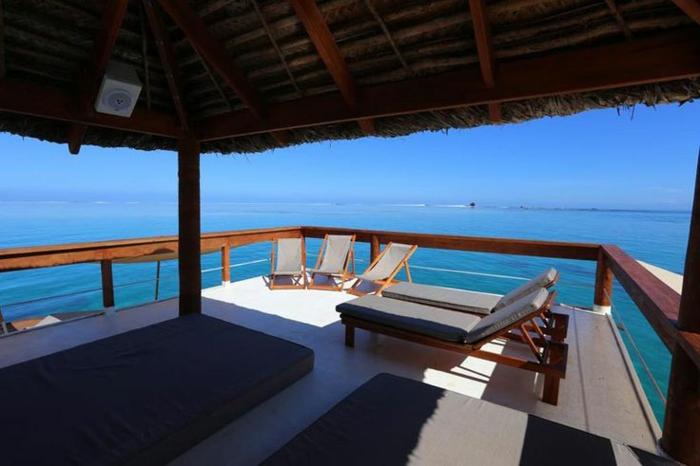Fidschi Inseln Urlaub cloud 9 bar entspannung