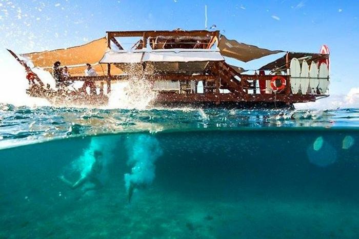 Fidschi Inseln Urlaub cloud 9 schwimmende bar