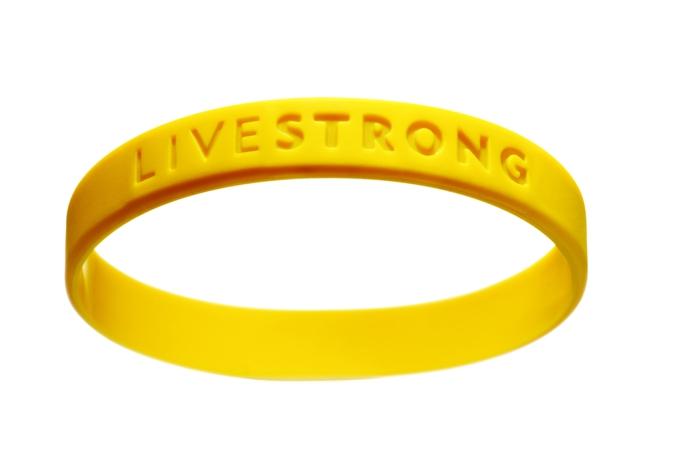 Gummiarmbänder-mit-botschaft-gel-Lance-Armstrong-resized