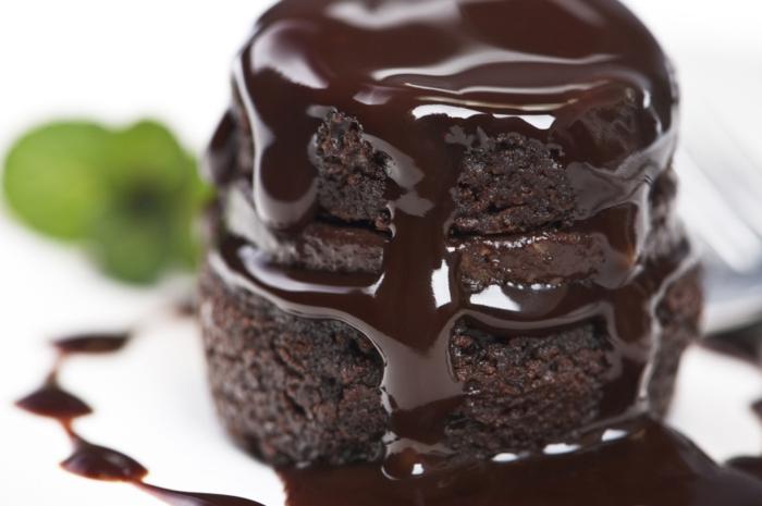 abnehmen mit schokolade spezialitäten backen schokosoße