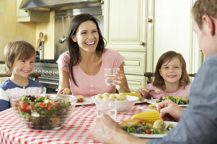 erfolgreich abnehmen das essen genießen familie küche