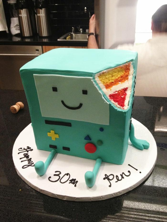 außergewöhnliche torten kuchen beemo roboter