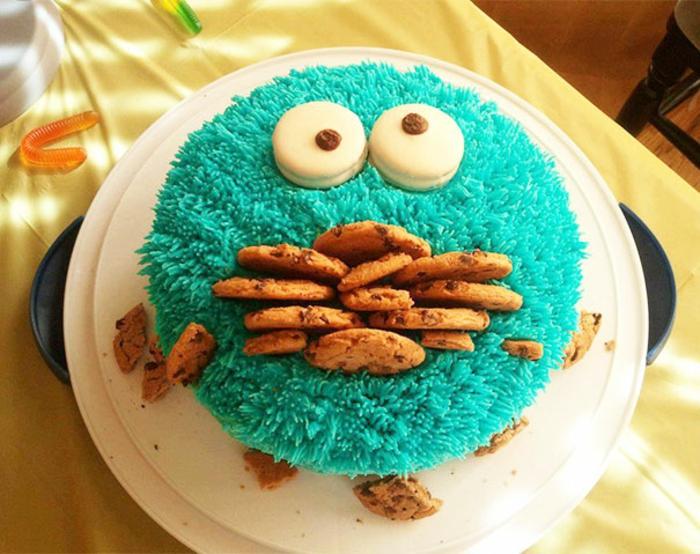 außergewöhnliche torten kuchen monsters cookies