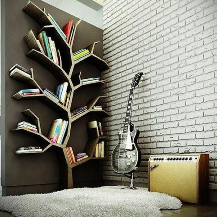 Ein Bücherregal kann auch sehr kreativ sein ~ Bücherregal Baum