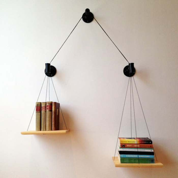 bücherregal minimalistisches design waage