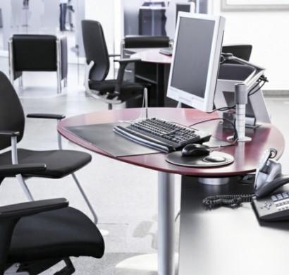 Ergonomische Bürostühle und richtiges Sitzen beugen Rückenschmerzen vor