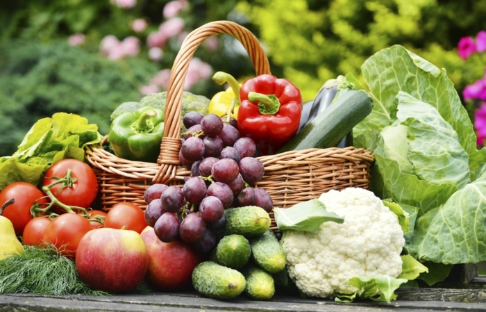 detox-kur-frisches-gemüse-obst-saison-sommer