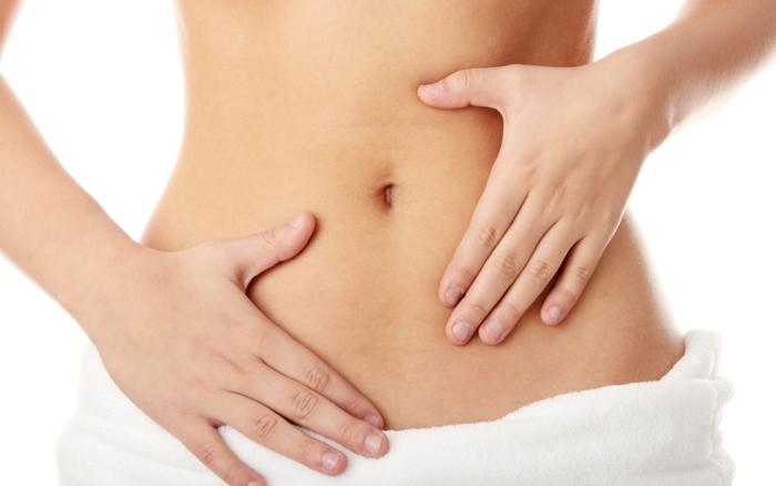detox-kur-gesunde-nahrung-massage-flacher-bauch