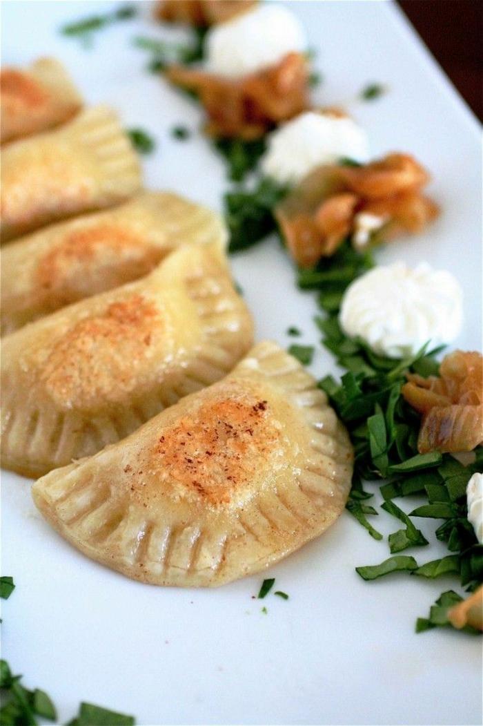 einfache gerichte kochen piroggen mit wenig fett zubereiten
