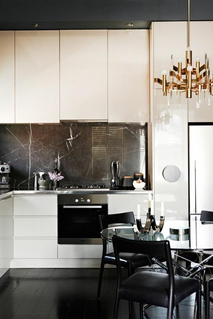einrichtungsideen küchengestaltung weiß schwarz schöne akzente