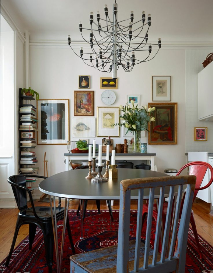 esszimmermöbel modern farbiger teppich cooler esstisch