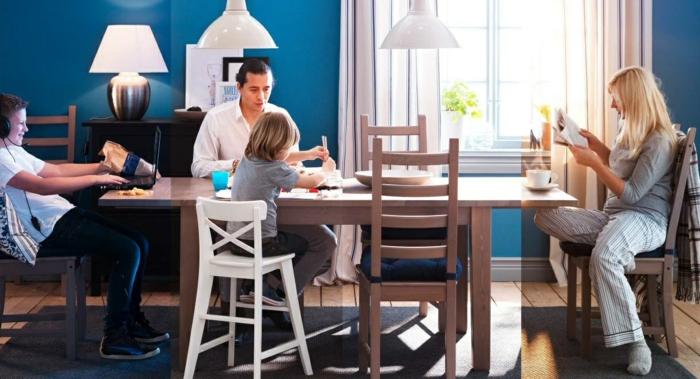 esszimmermöbel zeitgenössisches esszimmer teppich blaue wände