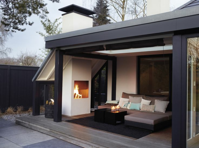 gartenkamin oder offene feuerstelle stilvolle. Black Bedroom Furniture Sets. Home Design Ideas