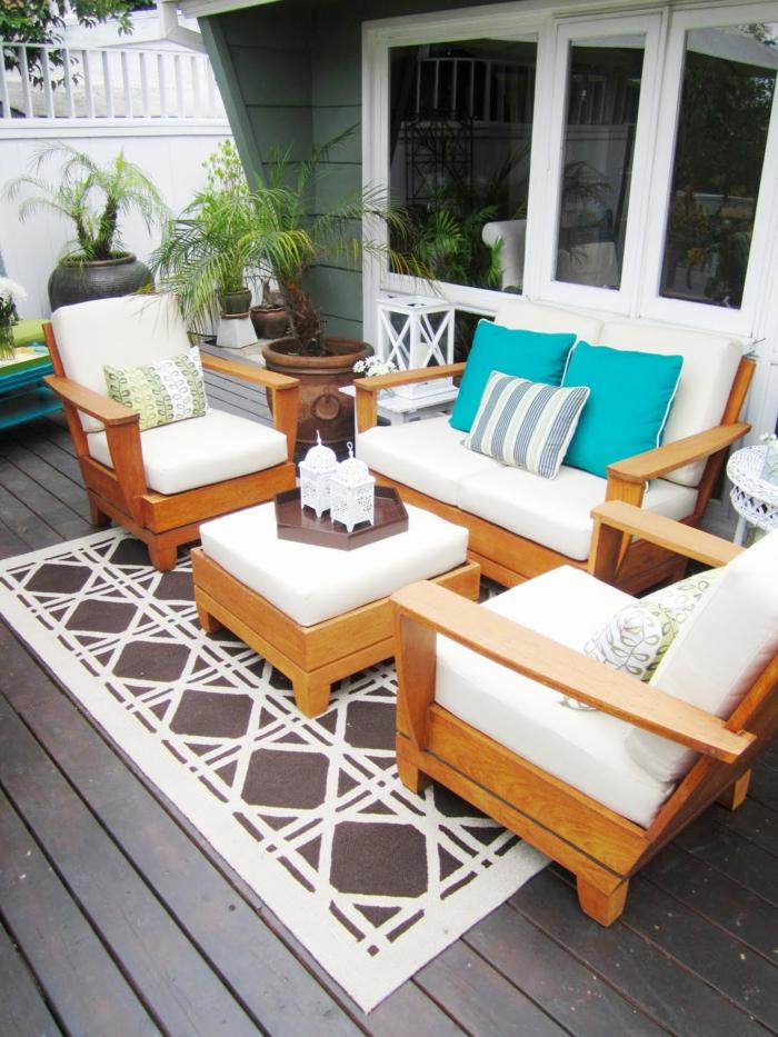 gartenauflagen weiß gartenmöbel pflanzgefäße dekokissen