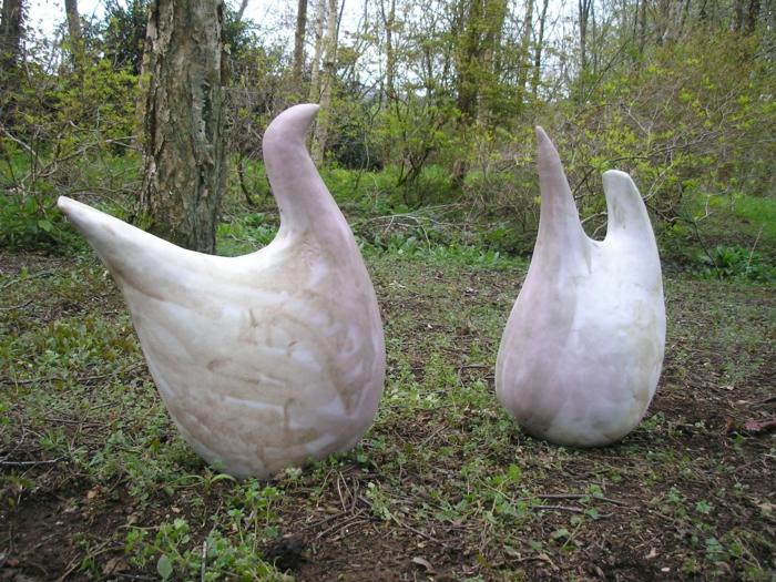 gartengestaltung ideen gartenskulpturen vögel elegante gartendeko