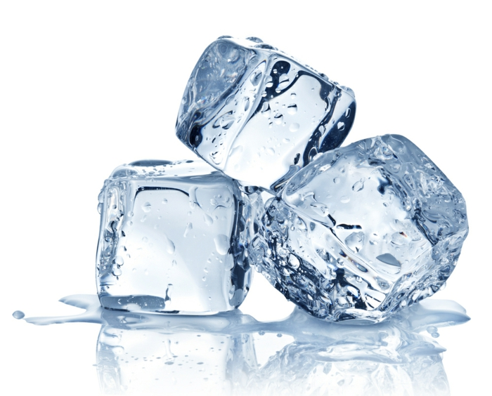 gesundes wasser eingefrorenes wasser gesund eiswürfel