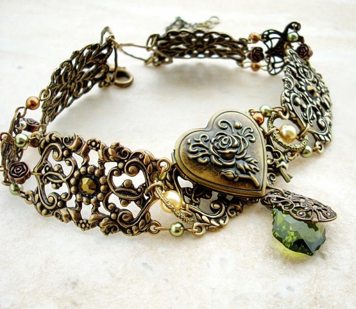 gothic schmuck halskette bronze ornamente herz glitersteine perlen