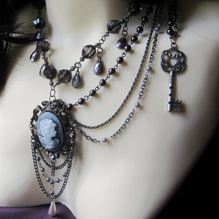 gothic schmuck halskette viktorianisch steine schlüssel