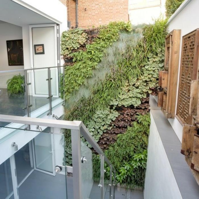 grüne wände wandbegrünung treppenhaus